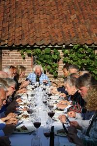 Eten in de wijngaard